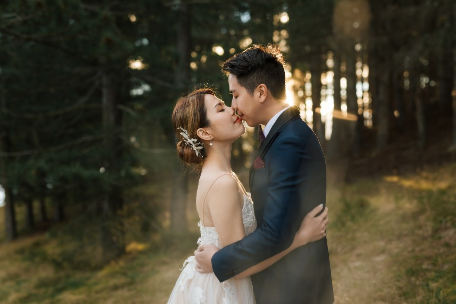 N&J: 2-days pre-wedding photoshoot with Singaporean couple in New Zealand - cherry blossoms, Coromandel Peak, glaciers by Felix on OneThreeOneFour 2