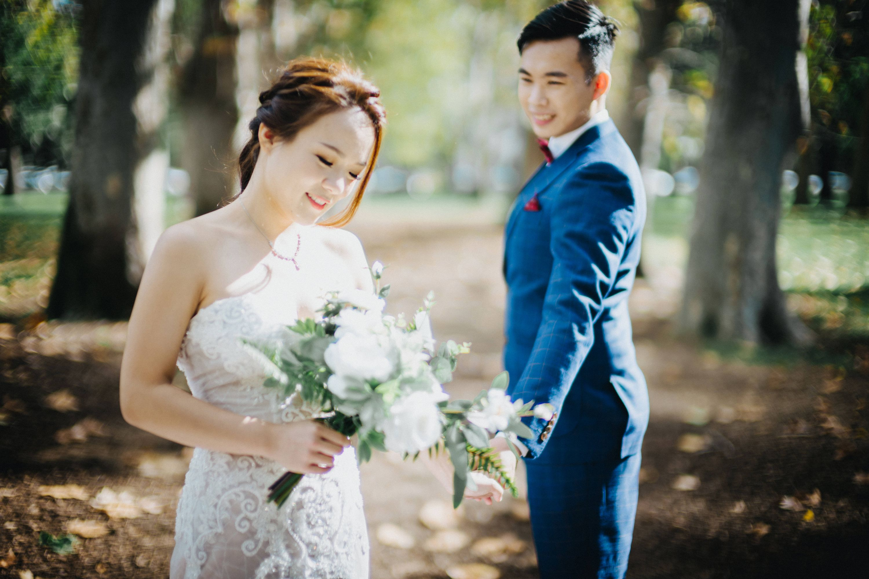 F&J: Melbourne Pre-wedding Photoshoot at St Patrick's Cathedral and Yarra River by Felix on OneThreeOneFour 11