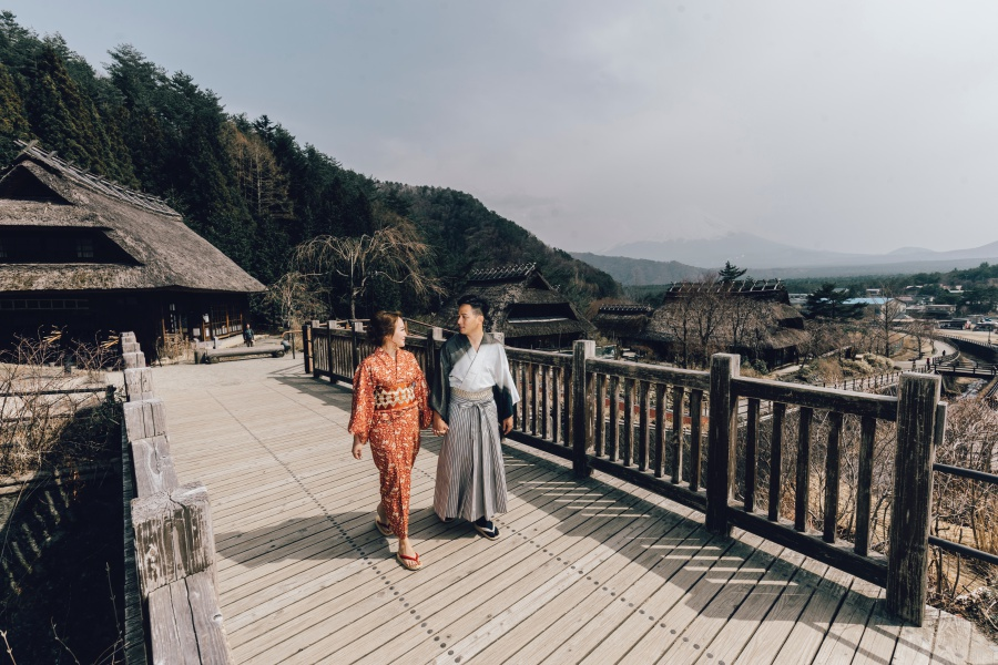 Japan Tokyo Pre-Wedding Photoshoot At Traditional Japanese Village And Mount Fuji  by Lenham  on OneThreeOneFour 8