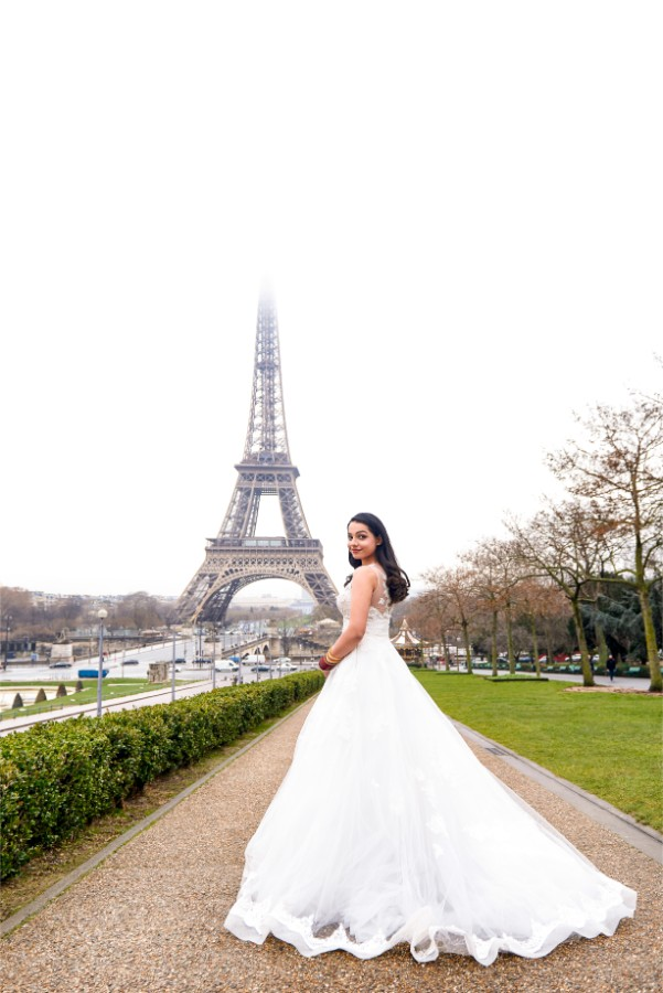 R&J: Indian Post-wedding Photoshoot in Paris by Arnel on OneThreeOneFour 4