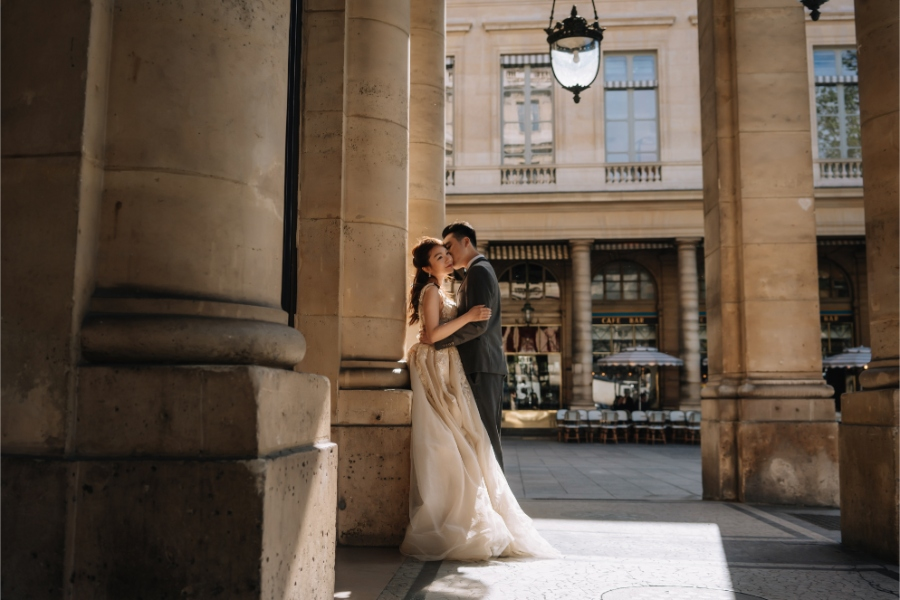 A&K: Canadian Couple's Paris Pre-wedding Photoshoot at the Louvre  by Vin on OneThreeOneFour 14