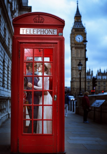 London Pre-Wedding Photoshoot At Big Ben And Westminster Abbey