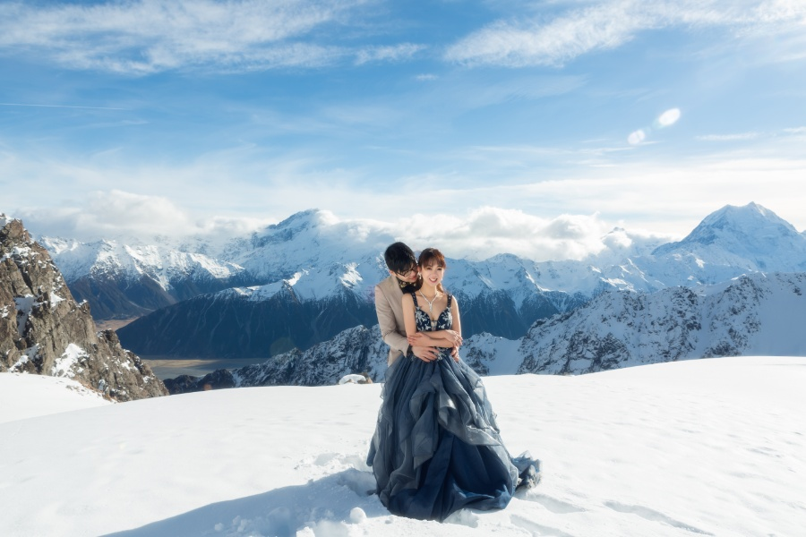 M&P: New Zealand Winter Pre-wedding Photoshoot with Milky Way at Lake Tekapo by Xing on OneThreeOneFour 1