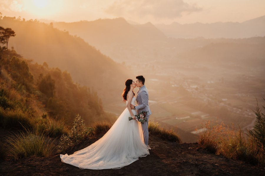 B&R: Pre-wedding photoshoot at Mount Batur Pinggan, Kintamani Lava Field, flower field and Mengening Beach by Hendra on OneThreeOneFour 0