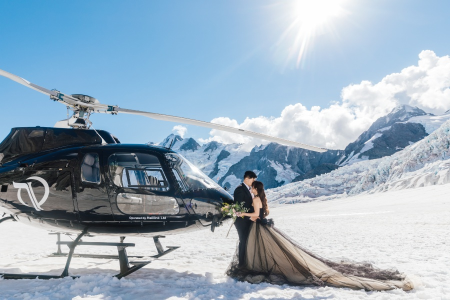 M&L: New Zealand Pre-wedding Photoshoot on Mount Cook by Felix on OneThreeOneFour 3