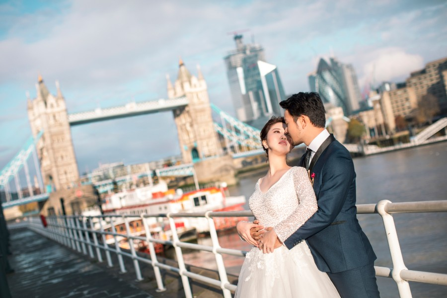 London Pre-Wedding Photoshoot At Big Ben, Millennium Bridge, Tower Bridge, Palace of Westminister and St.Paul Cathedral  by Dom on OneThreeOneFour 3