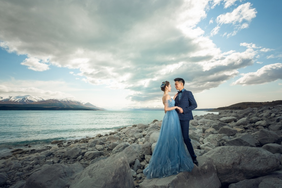 S&D: New Zealand Spring Pre-wedding Photoshoot with Alpacas and Milky Way by Xing on OneThreeOneFour 8