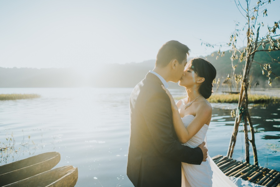Bali Pre-Wedding Photoshoot At Lake Tamblingan, Munduk Waterfall and Tegal Wangi Beach by Hery  on OneThreeOneFour 4