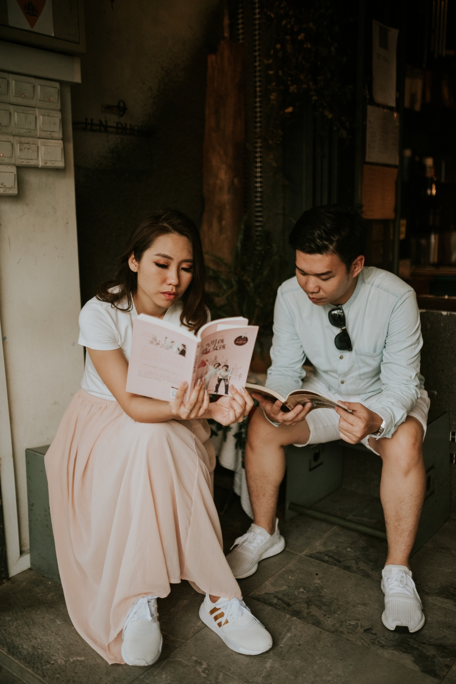 Malaysia Pre-Wedding Photoshoot At Old Streets And Sandy Beach In Johor Bahru by Ed on OneThreeOneFour 9