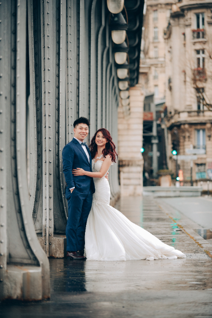 Paris Pre-Wedding Photography for Singapore Couple At Eiffel Tower And Palais Royale  by Arnel on OneThreeOneFour 29