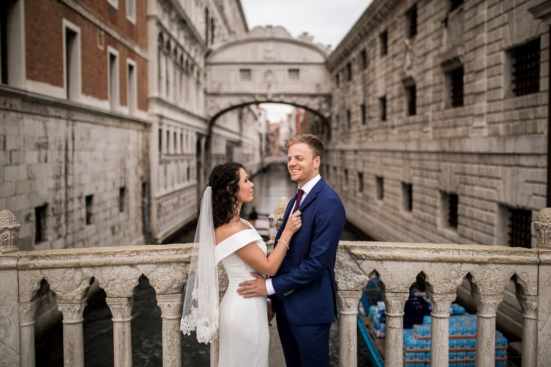 D&K: Romantic pre-wedding photoshoot at Italy Venice by Valerio on OneThreeOneFour 8